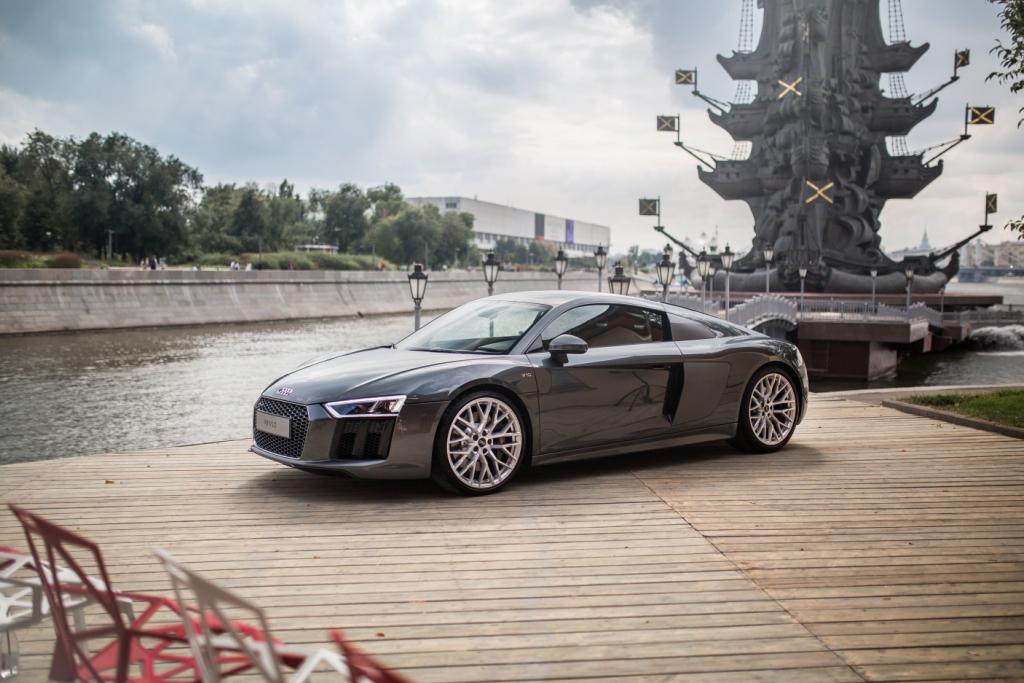 Audi R8 V10 (3)
