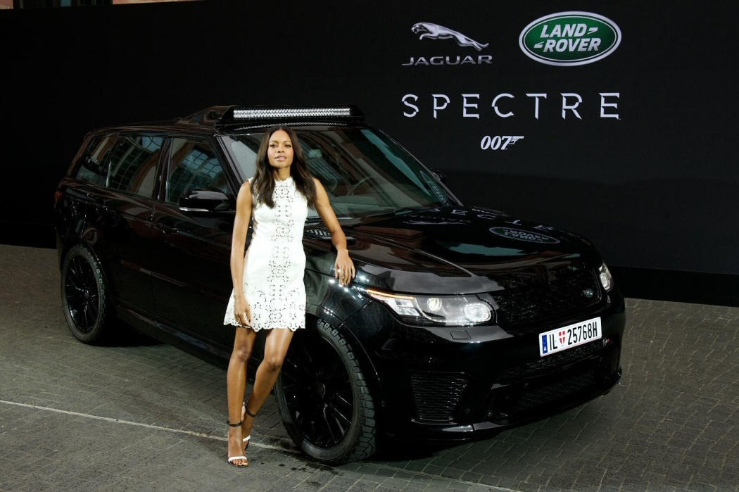 James-Bond-Spectre-movie-film-Land-Rover-Range-Sport-SVR