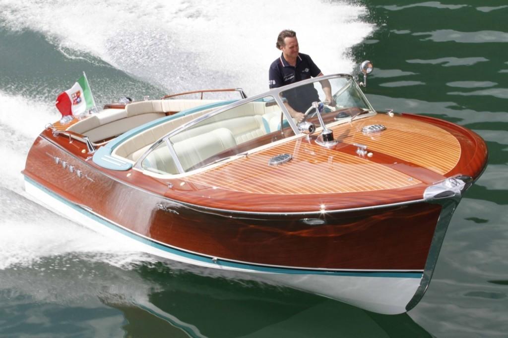 riva-lamborghini-speed-boat-6-1