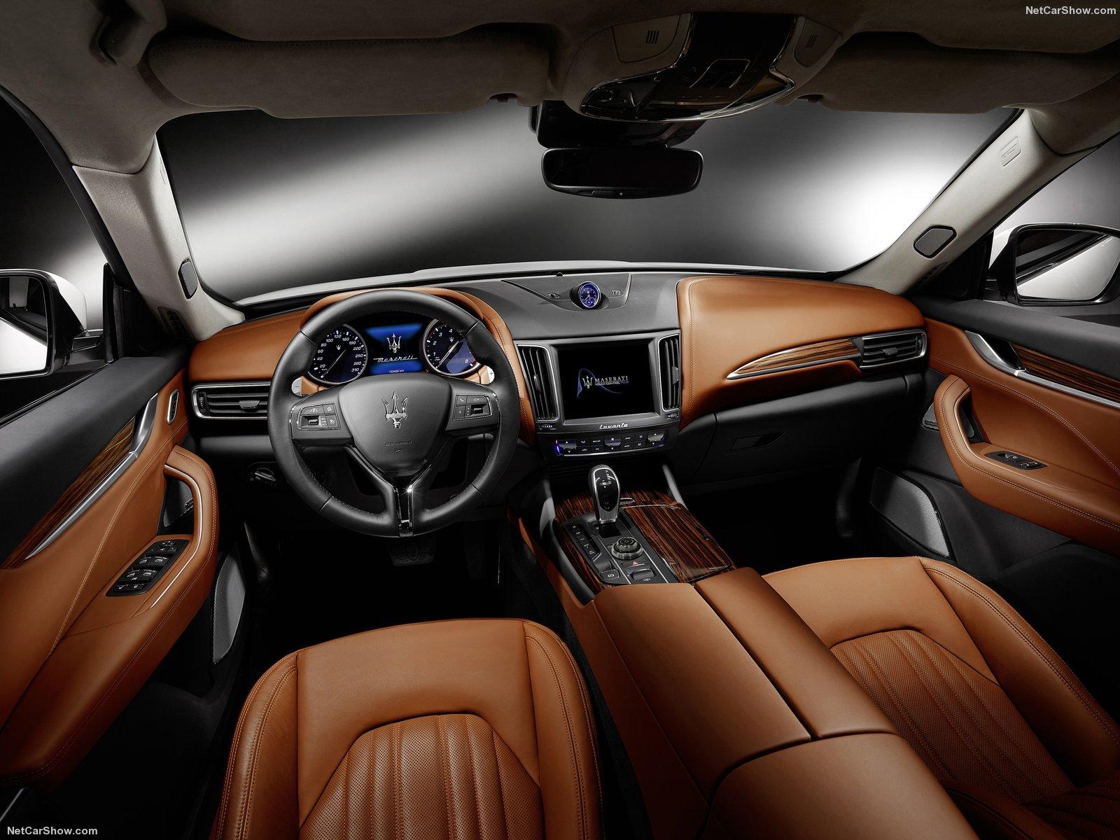 Maserati-Levante_2017_1600x1200_wallpaper_0d