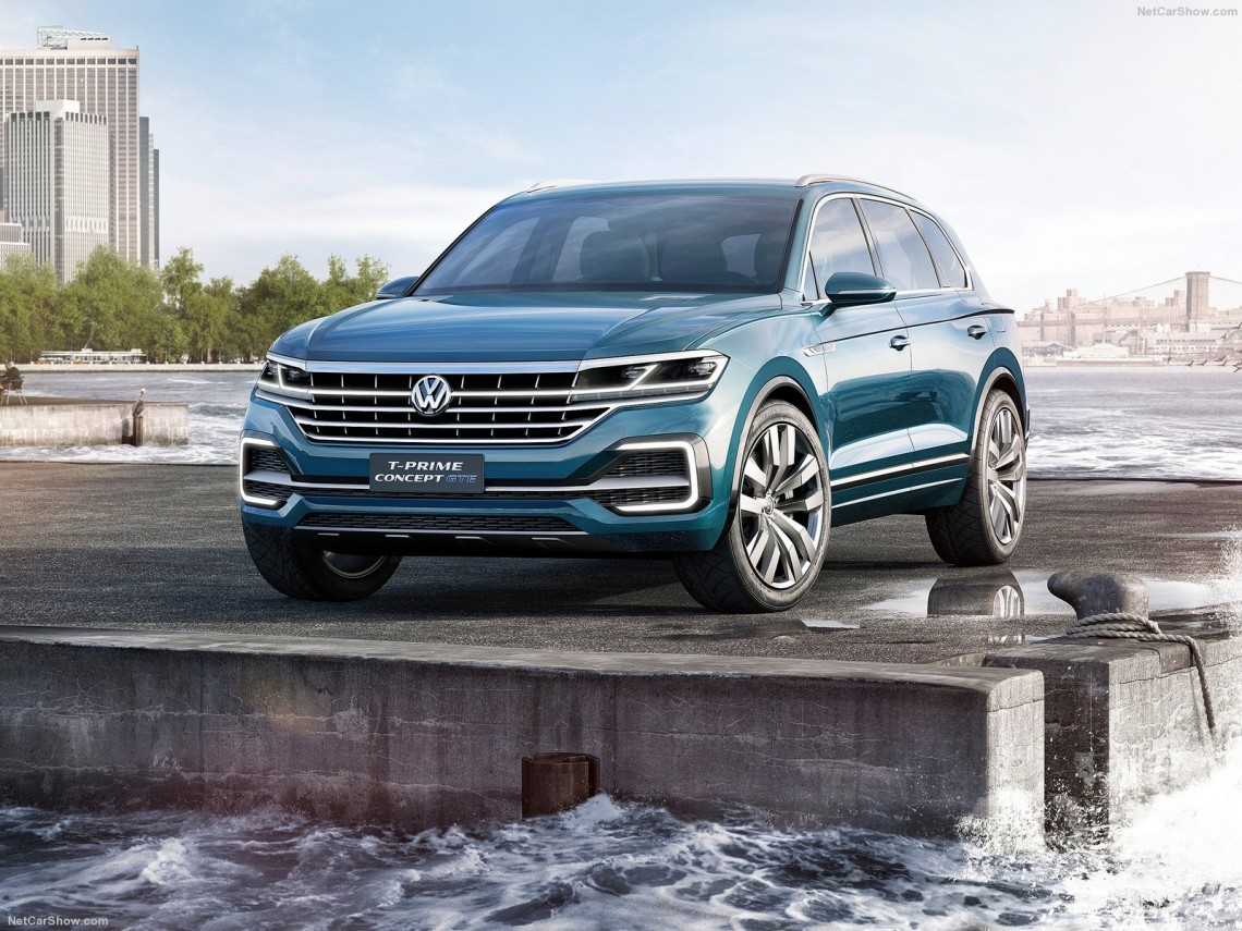 Volkswagen-T-Prime_GTE_Concept-2016-1600-02