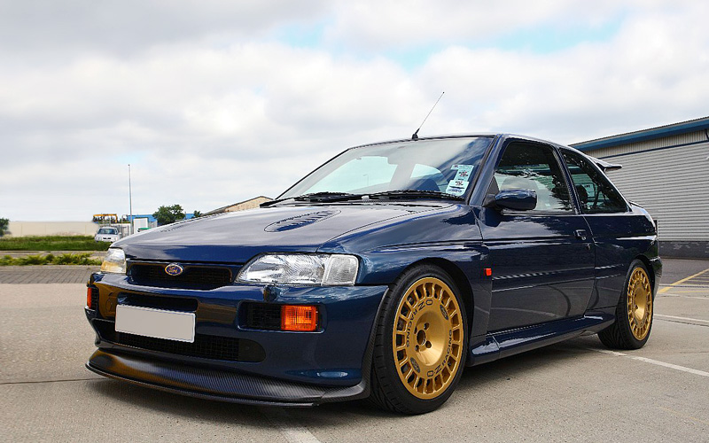 1992 Ford Escort RS Cosworth; top car design rating and specifications