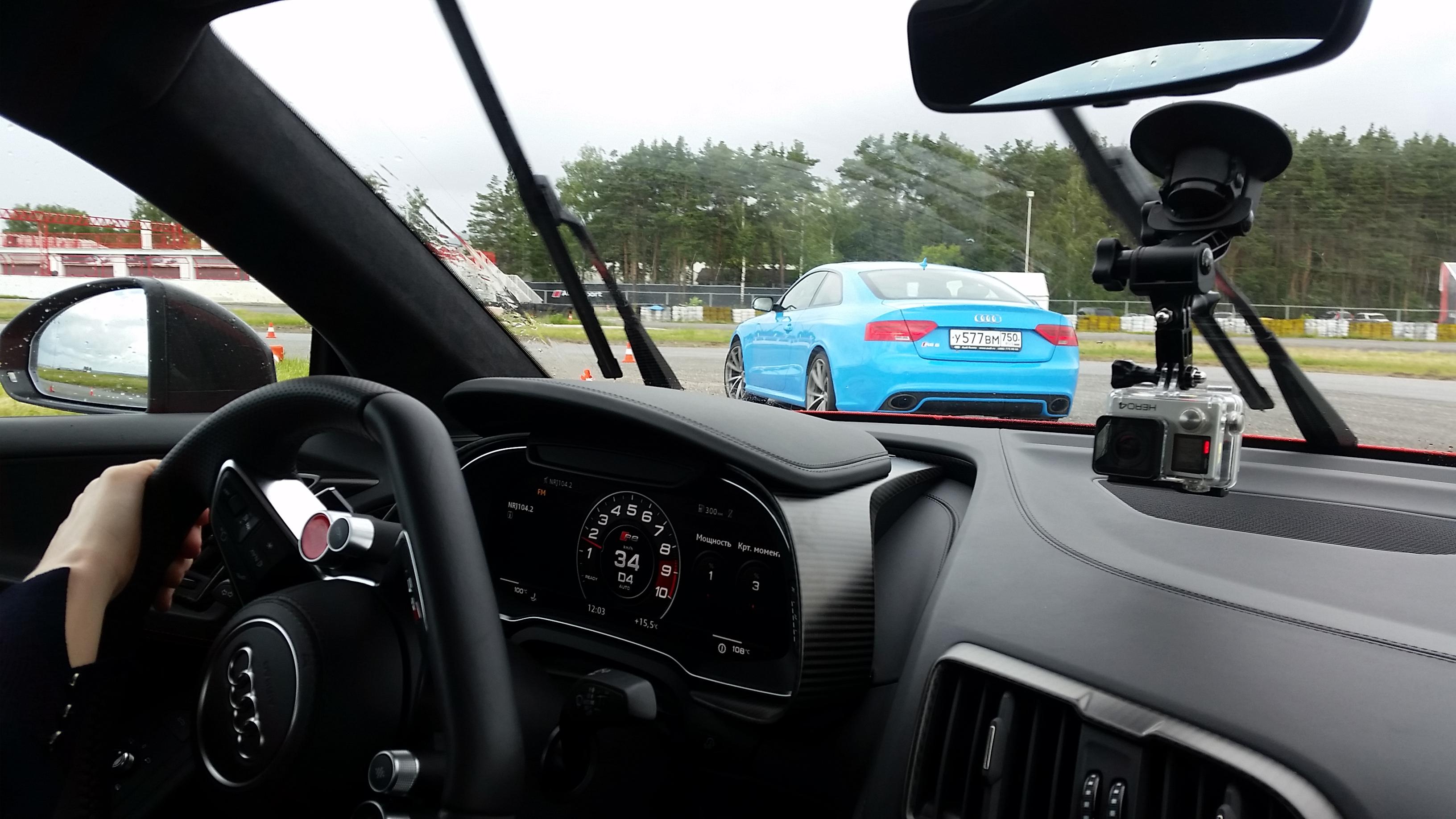 clarkson_daily_Audi R8 V10 plus (7)