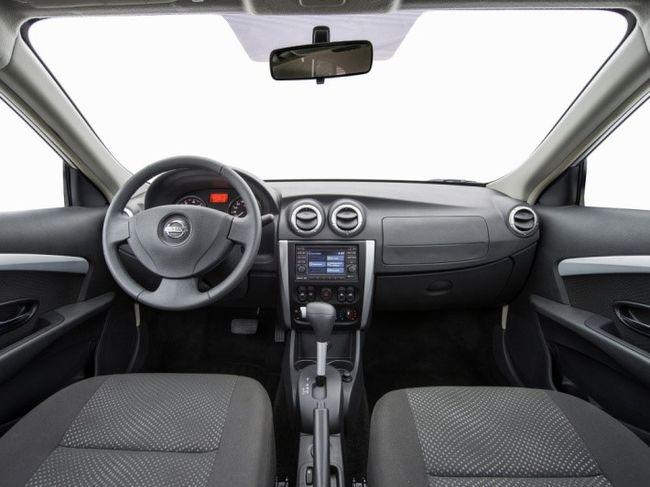 форд фокус или ниссан альмера классик
