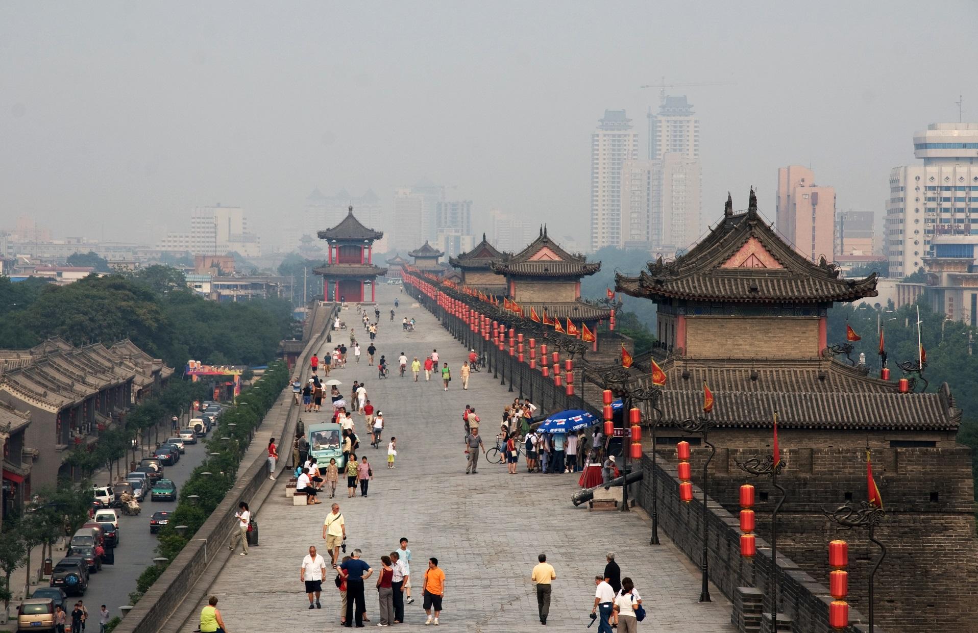 Xi'an_-_City_wall_-_014