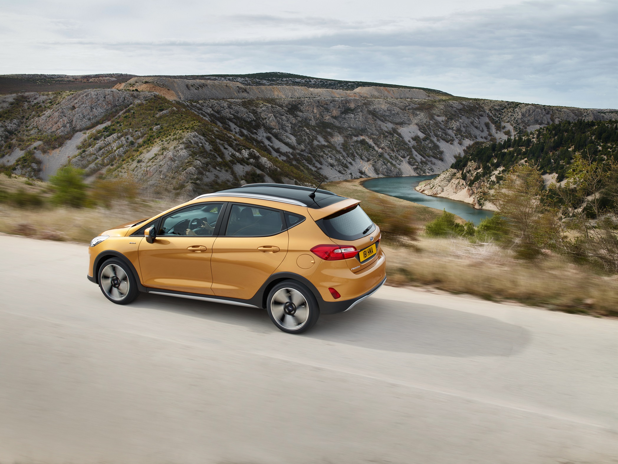 ford_fiesta_active_3