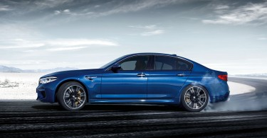 bmw-mseries-m5-Wallpaper-1920x1200-05.jpg.asset.1500647065132