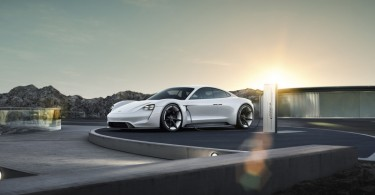 Mission E_Porsche's first fully electric sports car is named Taycan
