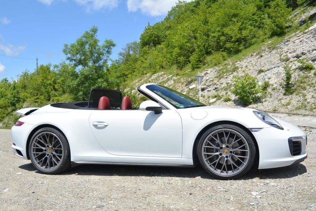 Тест-драйв Porsche 911 cabrio new в горах