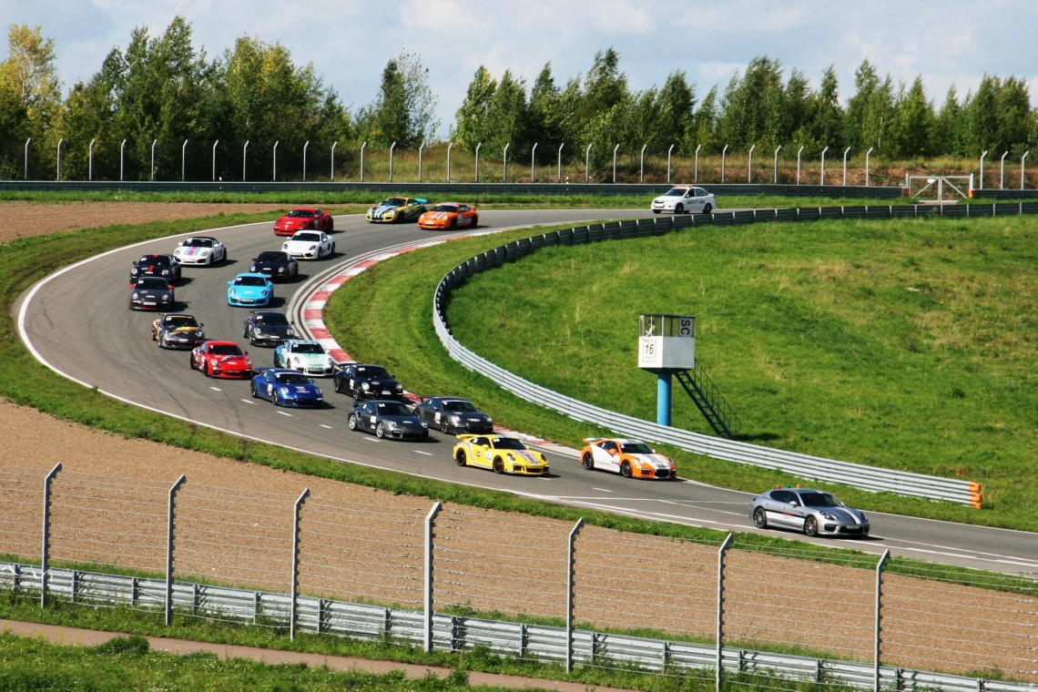 Первая гонка Porsche в Казани!