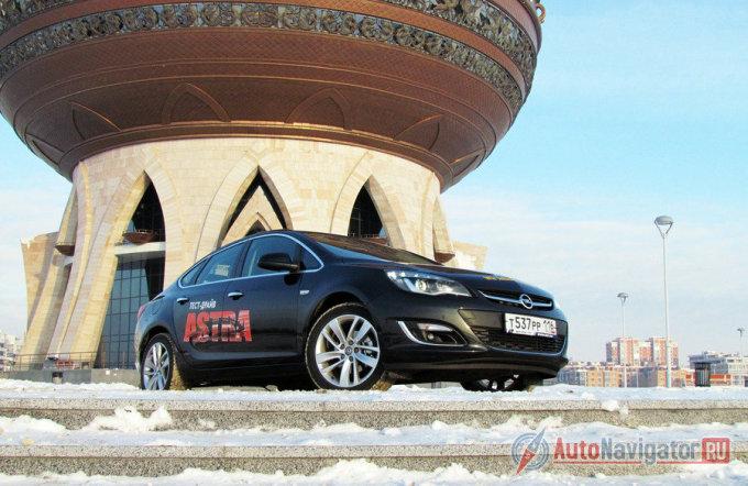 Тест-драйв Opel Astra J Sedan: Что принес рестайлинг?