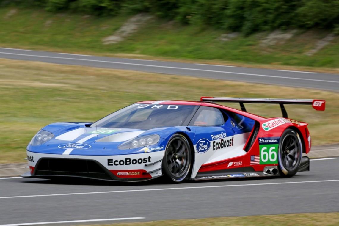 Новый суперкар Ford GT дебютирует в гонках в апреле 2016