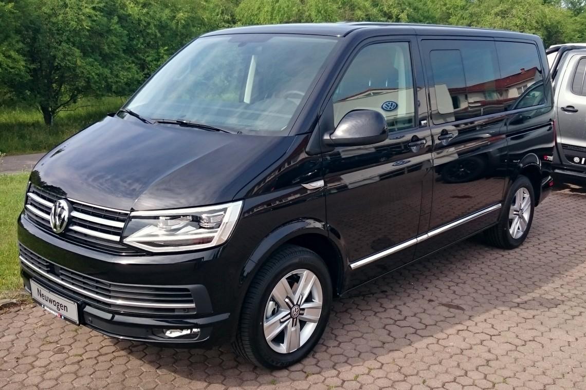 Volkswagen T6 Multivan/Transporter на казанских дорогах
