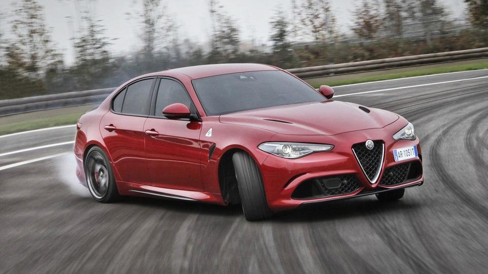Колонка Кларксона: Alfa Romeo Giulia Quadrifoglio Verde