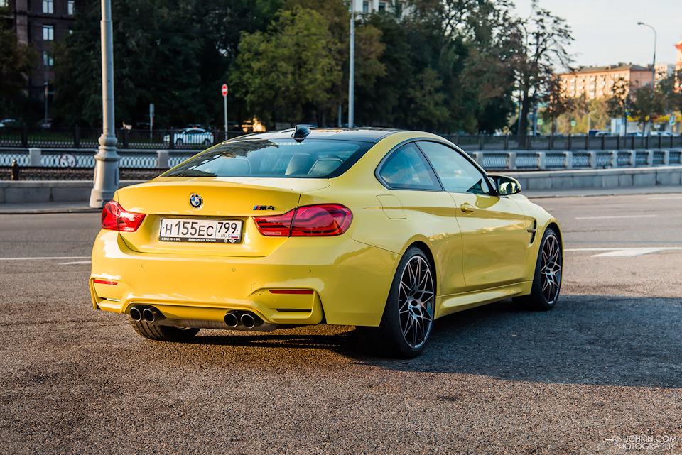 Магическая серия M – BMW M4. Быстрее дождя и светофоров!