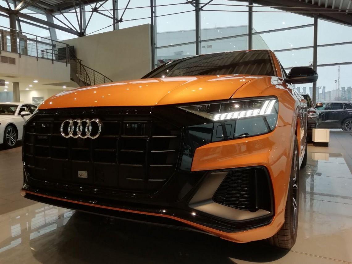 ВОТ ТАКОГО НЕ ОЖИДАЛ! Первый тест-драйв и обзор Audi Q8